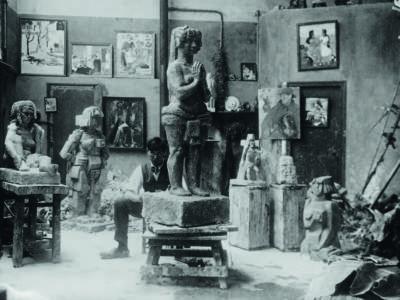 Bror Hjorth i sin ateljé på Villa Brune i Paris i början av 1920-talet.